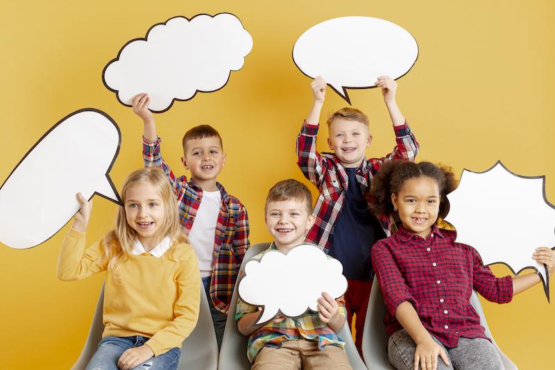 Maak een zelfgemaakte krant de jeugdbeweging of speelpleinwerking - Happiedays