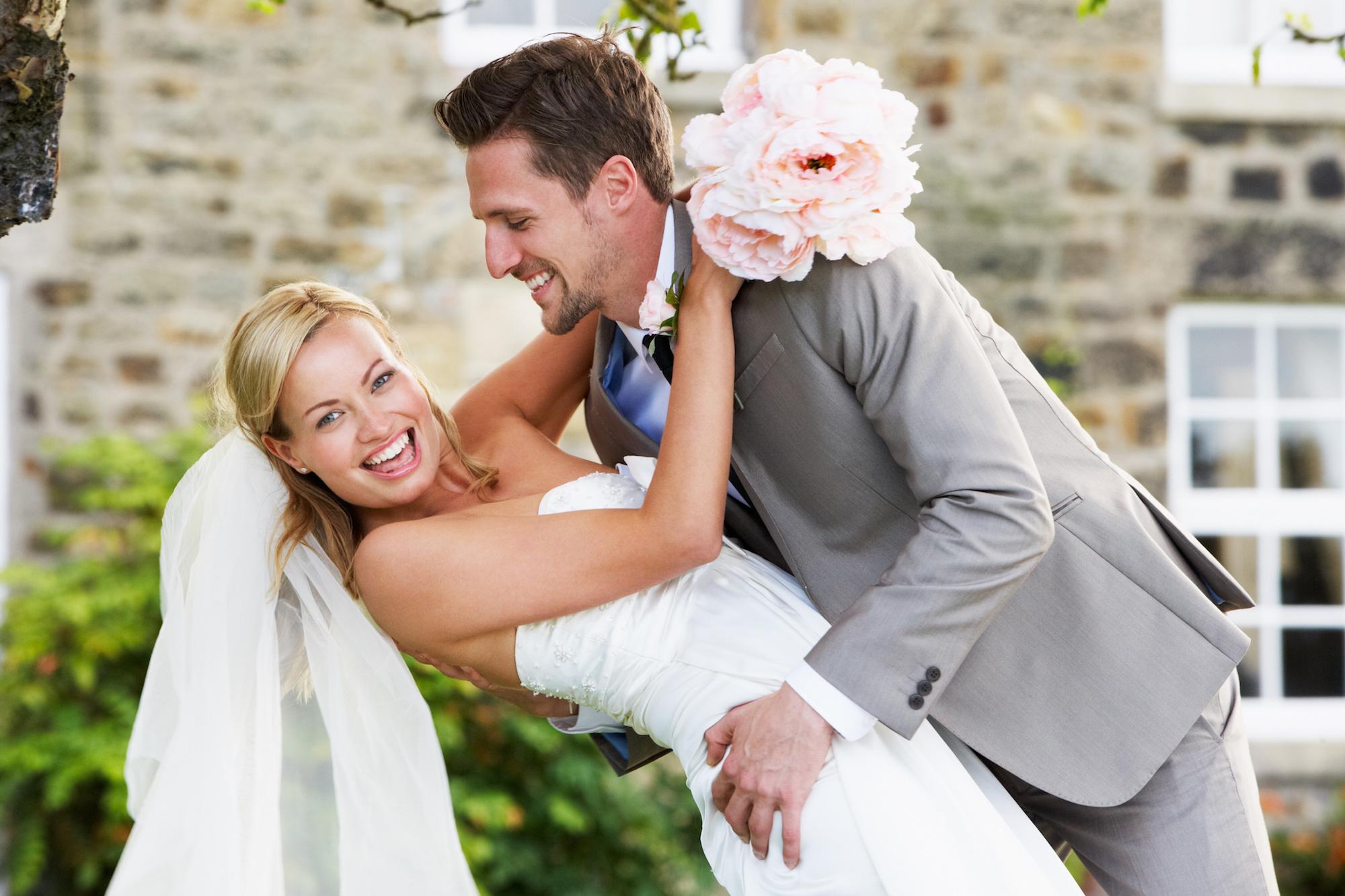 Maak je eigen huwelijkskrant - Happiedays
