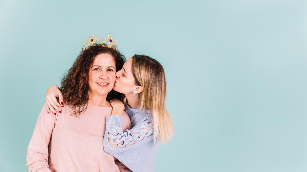 Créez votre propre journal de fête de mères - Happiedays