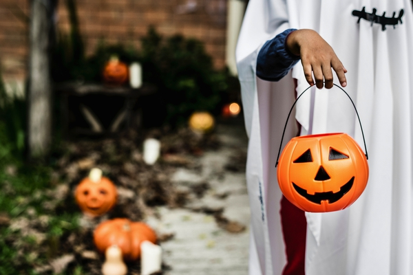 maak a newspaper for halloween - Happiedays