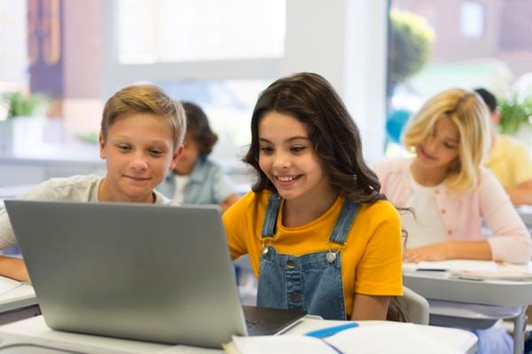 Maak je eigen schoolkrant - Happiedays