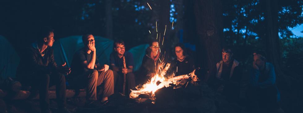 kampvuur kamp jeugdbeweging herinnering