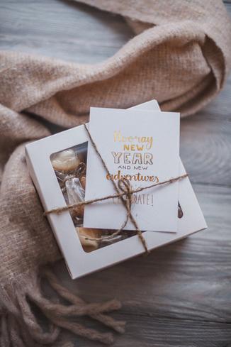 Happiedays maak je eigen krant kerst en nieuwjaar