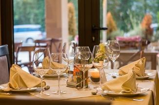 Créez votre propre journal de communion ou de fête de printemps décoration de table menu - Happiedays